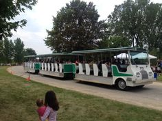 Tram load of kite flyers for the Chicago Botanic Garden kite festival 8-09-2014