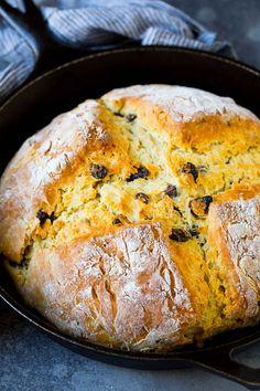 Irish Soda Bread Recipe #bread #baking #stpatricksday #sidedish #dinneratthezoo
