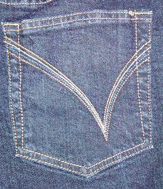 Venezia Red Triangle Womens Denim Jeans Sz 3 Dark Wash Boot Cut Mid Rise $19.99 USD #Venezia #BootCut #Denim #Jeans www.iiwiiMerchandise.com