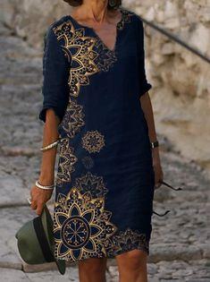 Γυναικεία Φόρεμα ριχτό Φόρεμα μέχρι το γόνατο - Μισό μανίκι Φλοράλ Στάμπα Καλοκαίρι Λαιμόκοψη V Καθημερινό καυτό φορέματα διακοπών Φαρδιά 2020 Θαλασσί M L XL XXL 3XL 2020 - € 16.9 Half Sleeve Dresses, Knee Length Dresses, Half Sleeves, Dresses With Sleeves, Manga Floral, Vestidos Vintage, Mini Vestidos, Short Mini Dress, Short Dresses