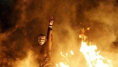 """We will survive this fight. We will win and then we'll rebuild our lovely Venezuela."" | Sobreviviremos a esta lucha, ganaremos y luego reconstruiremos a nuestra hermosa Venezuela. pic.twitter.com/bVLSYyBJTF"