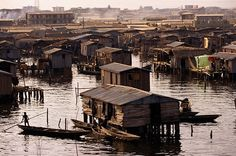 THE WORLD GEOGRAPHY: Unusual Settlements: Boat houses in Lagos