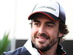 Fernando Alonso: 'Carlos Sainz should be happy with Toro Rosso news'