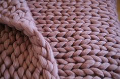 Super Chunky Knit Blanket Beautiful Pink Merino Wool by Merrisson.Home decor. Christmas gift