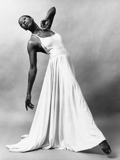 Since the first recognized ballerina, Marie Taglioni, took up the royal court art form in the early century, the ballet body has always been in flux. Ballerina Body, Ballet Body, Black Ballerina, Black Dancers, Ballet Dancers, Bolshoi Ballet, Ballet Wear, Alvin Ailey, Annie Leibovitz
