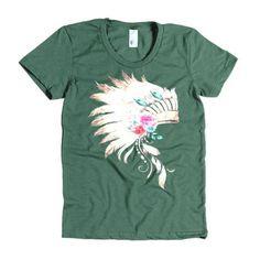 Headdress Women's short sleeve t-shirt