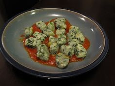 Food and Whine: Ricotta and Spinach Gnocchi