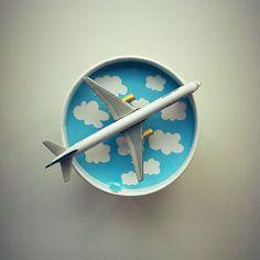 Love, Planes and Ice Cream #benandjerrys #chunkymonkey #icelandair #757 #boeing #boeing757 #flying #aviation #clouds - @morelkauffman- #webstagram