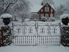 Norregård--And the gates!