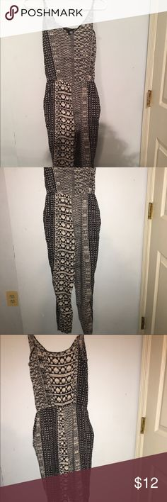 Forever 21 Tribal Print Jumpsuit Tribal Jumpsuit perfect for the spring and summer months. Forever 21 Other