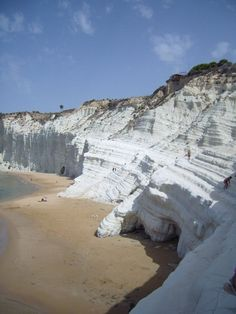 Scala dei Turchi, Province of Agrigento, Sicily, Italy Places Around The World, Oh The Places You'll Go, Places To Travel, Travel Destinations, Places To Visit, Around The Worlds, Sicily Italy, Verona Italy, Puglia Italy