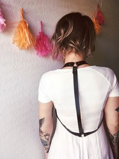 girrlscout — DIY Leather Drape Harness… www.girrlscout.com