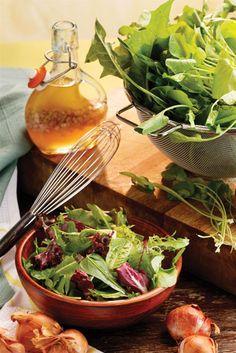 Spring green salad with fresh shallots #freshweek