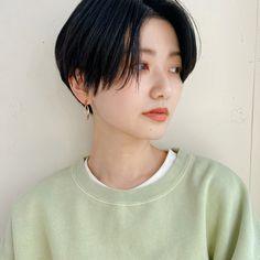 Thin Hair Short Haircuts, Asian Short Hair, Short Thin Hair, Very Short Hair, Girl Haircuts, Short Hair Cuts, Japanese Short Hair, Tomboy Haircut, Short Hair Tomboy