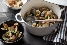 What are Melissa Clark, Daniel Shumski, and Coco Morante making in their Instant Pot for the Super Bowl? Chili, tacos, sliders, and...clams.