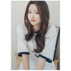 Marie: i need a cabin mate but i'm too embarrassed to ask, anyone still need one (she's asexual/ panromantic) Ulzzang Fashion, Ulzzang Girl, Korean Fashion, Korean Beauty, Asian Beauty, Cute Japanese Girl, Asia Girl, Beautiful Asian Women, Asian Woman