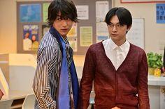 (画像1/13)コントでバチバチの戦いをする中川大志(左)と吉沢亮(右) Taishi Nakagawa, Ryo Yoshizawa, Actors, Blazer, News, Jackets, Fashion, Down Jackets, Moda