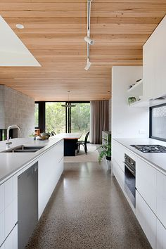 Timber Ceiling, Wooden Ceilings, Timber Flooring, Concrete Floors, White Kitchen Floor, Open Plan Kitchen Living Room, Concrete Kitchen, Kitchen Flooring, Small White Kitchens