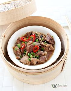 It is very easy to prepare this dim sum - Steamed Spare Ribs at home and is so delicious that we can always eat with extra rice.