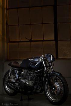 RocketGarage Cafe Racer: New Raccia Motorcycle CB550