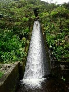 Waterslide in Costa Rica ...weeeeeeeeeeee!!!!!!!!