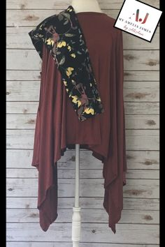 6aac354f7f Stylish Amelia James Seattle Poncho paired with Amelia James super soft and  comfortable leggings