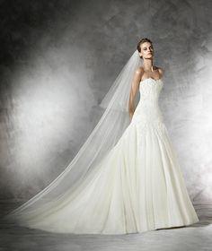 Oberti, abito da sposa in stile principessa in tulle