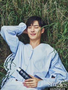 Lee Je Hoon ♥ Real Name : Lee Jae Hoon ♥ Birthplace : Hyoja-dong, South Korea ♥ Birthday : July 1984 ♥ Height : 176 cm ♥ Occupation : Actor. Korean Male Actors, Asian Actors, Korean Celebrities, F4 Boys Over Flowers, Ryu Jun Yeol, Best Kdrama, My Handsome Man, Done With Life, Indie Films
