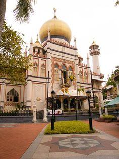Đền thờ Majit Sultan (Arab Street) - Địa điểm: Số 3 Phố Muscat Singapore 198833(gần khu phố Ấn Độ) - Vào cửa tự do 24/24 - NX: đẹp, lạ, gần, nên đi