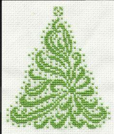 Cross Stitchers Club - tree, animals on the site too christmas cards, christmas tree decorations, christma tree, animal cross stitch, cross stitcher, cross stitch christmas, cross stitches, christmas trees, cross stitch stars