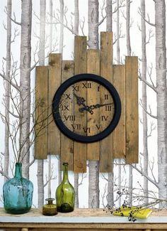 Diy Furniture : 20 Original salvaged wood decor ideas Don Tequila Haller I didn't click Arte Pallet, Pallet Art, Diy Pallet, Pallet Crafts, Wood Crafts, Pallet Clock, Look Wallpaper, Diy Clock, Clock Ideas