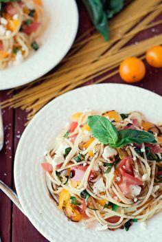 Bruschetta Pasta with Balsamic Drizzle | The Best Blog Recipes