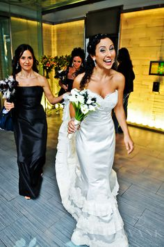 Planned, Designed & Produced by www.swankproductions.com Black and White Glam Wedding at the Edison Ballroom NYC #swank #black #white #glam #wedding #new #york #city #manhattan #edison #ballroom #creative #beautiful #extravagant #decor #inspiration #ideas #bride #bridal #gown #bouquet #bridesmaids