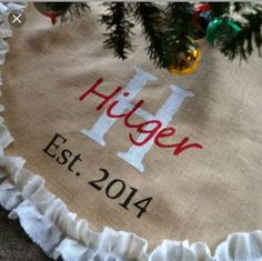 Awesome Personalized Burlap Christmas Tree Skirt