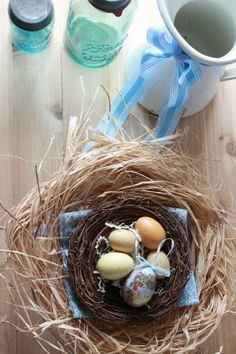 Nido para huevos, encuentra más manualidades para pascua en http://www.1001consejos.com/manualidades-para-pascua/