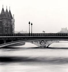Michael Kenna Pont Notre Dame, Paris, France, 1992