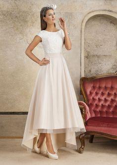 b207741c35 Najlepsze obrazy na tablicy Wedding dresses FULARA   ŻYWCZYK (12 ...