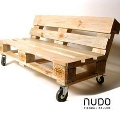 Pallet bank with wheels - Pallet ideas Wooden Pallet Projects, Wooden Pallet Furniture, Pallet Sofa, Couch Furniture, Wooden Pallets, Pallet Ideas, Wooden Diy, Furniture Ideas, Pallet Bank