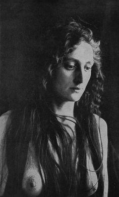 Robert Wilson Shufeldt. Studies of the human form for artists, sculptors, and scientists, 1908 ●彡