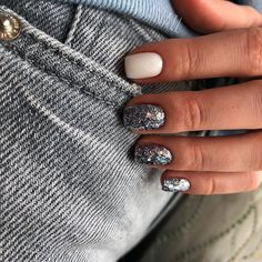 Best Nail Polish Colors of 2020 for a Trendy Manicure Love Nails, Pretty Nails, Fun Nails, Nail Polish Colors, Nails Polish, City Nails, Nagel Gel, Perfect Nails, Halloween Nails