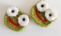 Crochet Frog Applique - Free Pattern