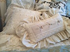 LACE PILLOWS
