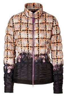 Ski Jackets To Keep You Warm And Stylish On The Slopes 192ff5aa5