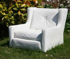Abstract Mass – Concrete Chair by Nina Saunders