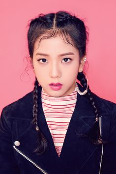 Find images and videos about kpop, blackpink and lisa on We Heart It - the app to get lost in what you love. Kim Jennie, Jenny Kim, Blackpink Jisoo, 2ne1, Yg Entertainment, Forever Young, Mamamoo, South Korean Girls, Korean Girl Groups