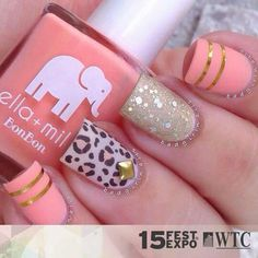 Play around with the metallic gold strips and add a delicate shine on the pink, leopard print and glitter nails. If you really wish to stand out from the rest then the metallic nail art designs are best for you. Cheetah Nail Designs, Leopard Nail Art, Cheetah Nails, Beautiful Nail Designs, Nail Art Designs, Pink Leopard, Pretty Designs, Leopard Prints, Pedicure Designs