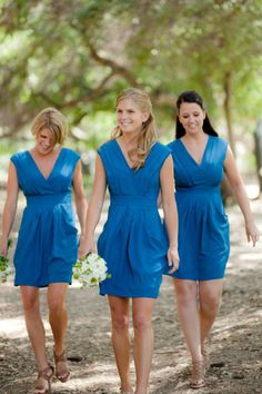 Gorgeous blue dresses with fun pockets!- Kinda cute?