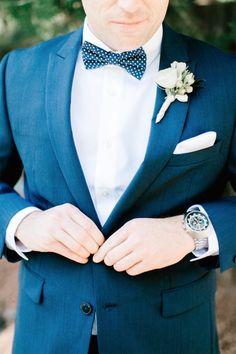 Navy blue suit + polka dot bowtie: http://www.stylemepretty.com/arizona-weddings/sedona/2016/01/28/sunny-sedona-wedding-blush-bridesmaids/ | Photography: Vienna Glenn - http://www.viennaglenn.com/