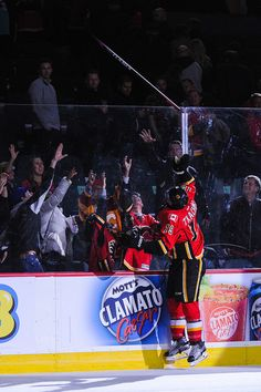 Matthew Tkachuk Photos - Matthew Tkachuk of the Calgary Flames gives a stick to the fans after earning the second star of the night during an NHL game at Scotiabank Saddledome on October 2016 in Calgary, Alberta, Canada. - Buffalo Sabres v Calgary Flames Nhl Games, Hockey Games, Hockey Players, Stars Hockey, Ice Hockey, Johnny Gaudreau, William Nylander, Buffalo Sabres, Alberta Canada