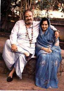 Most unseen photos of Kapoor family: Shammi Kapoor with wife. After the death of his first wife Geeta Bali, Shammi Kapoor married Neila Devi Gohil, from the royal family of Bhavnagar. Image courtesy: Procured via Google Images